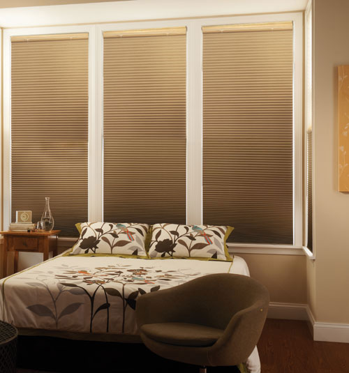 graber cellular shades top down bottom up graber crystal pleat cellular shade with cocoon 38 shades pleated honeycomb